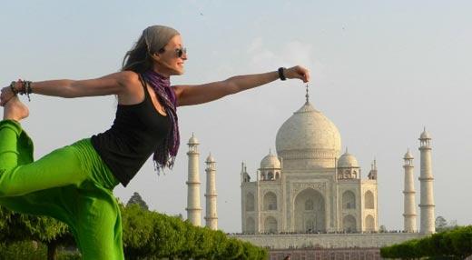 El Taj Mahal y el Yoga, 100% India
