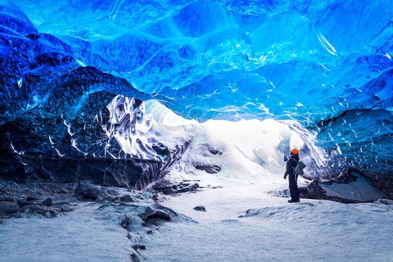 Foto de Ruta por Auroras Boreales Explorando las cuevas de hielo