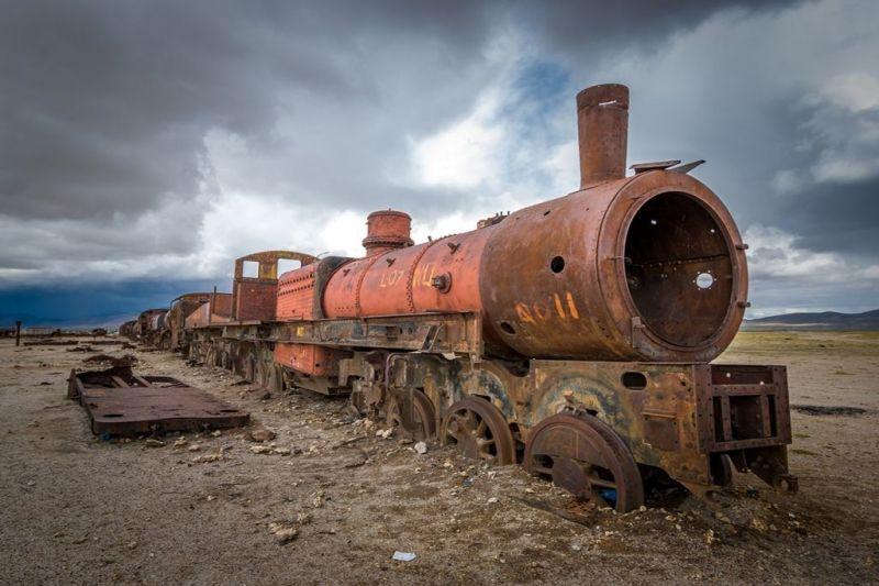 Foto de Ruta por De Atacama, Uyuni a Machu Picchu Cementerio de trenes