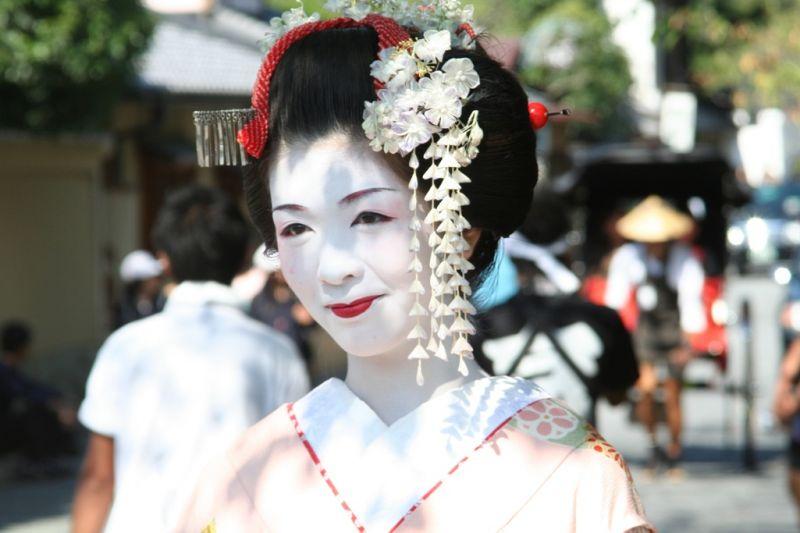 Foto de Ruta por Japón a tus pies mujer japonesa maquillada