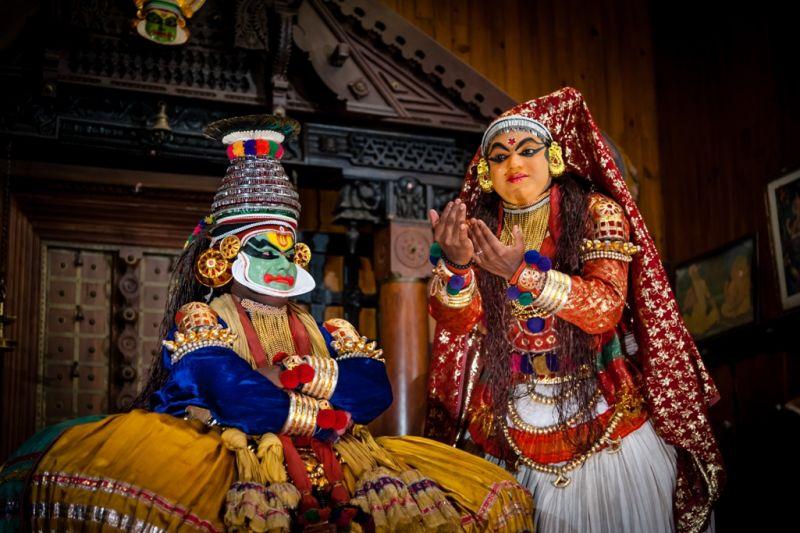 Foto de Ruta por La India menos conocida Kathakali bailarinas