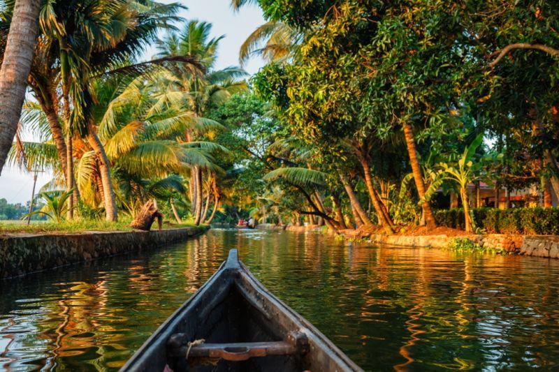 Foto de Ruta por La India menos conocida recorriendo kerala en barca