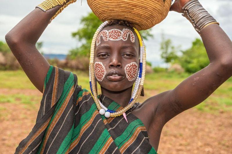 Foto de Ruta por Las tribus del Sur y lo mejor del Norte Mujer pintada