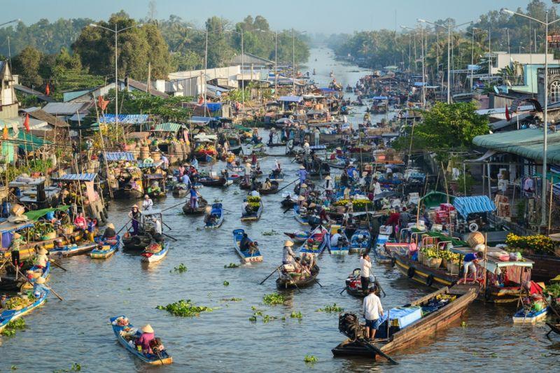 Foto de Ruta por Montañas, verdes arrozales y Yoga Mercado flotante en Mekong