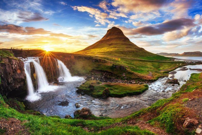 Foto de Ruta por Naturaleza Artica Kirkjufell mountain