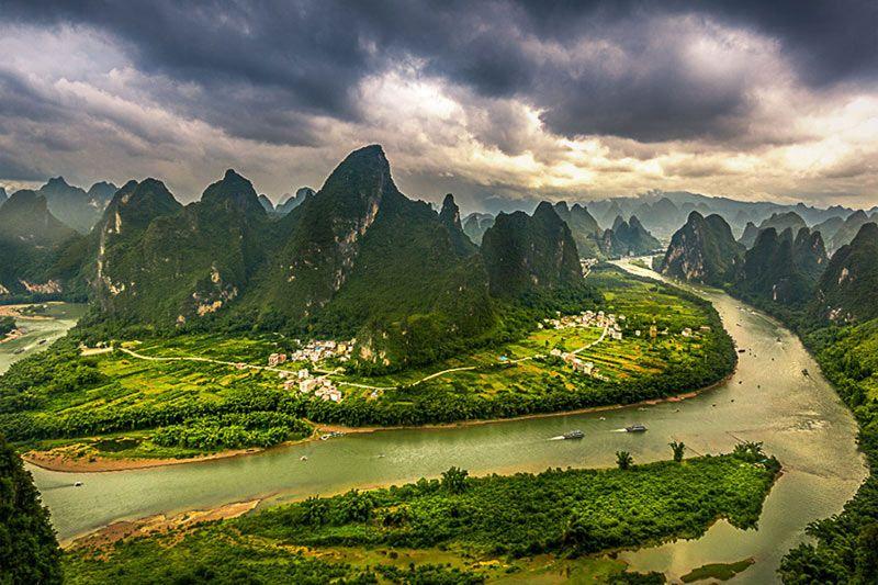 Foto de Ruta por Paisajes desde Shanghai a Hong Kong El río a su paso por Yangshuo