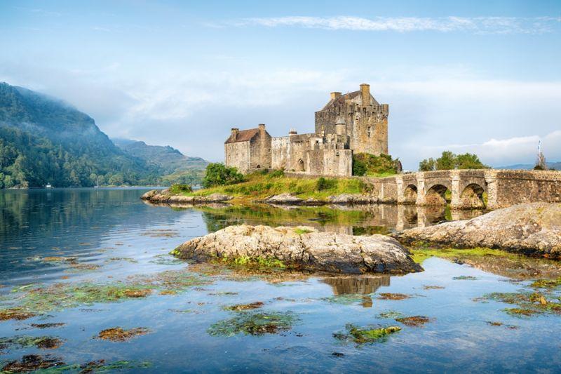 Foto de Ruta por Rumbo a las Highlands Lago con castillo