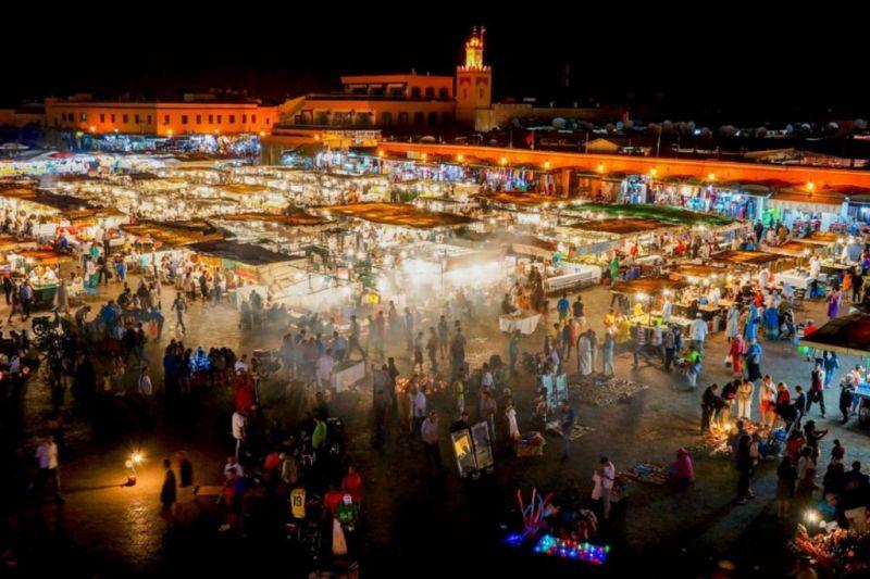 Foto de Ruta por Rumbo al desierto plaza jemaa el fna