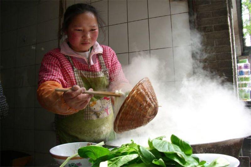 Foto de Ruta por Ruta de los Emperadores Puesto de comida callejera