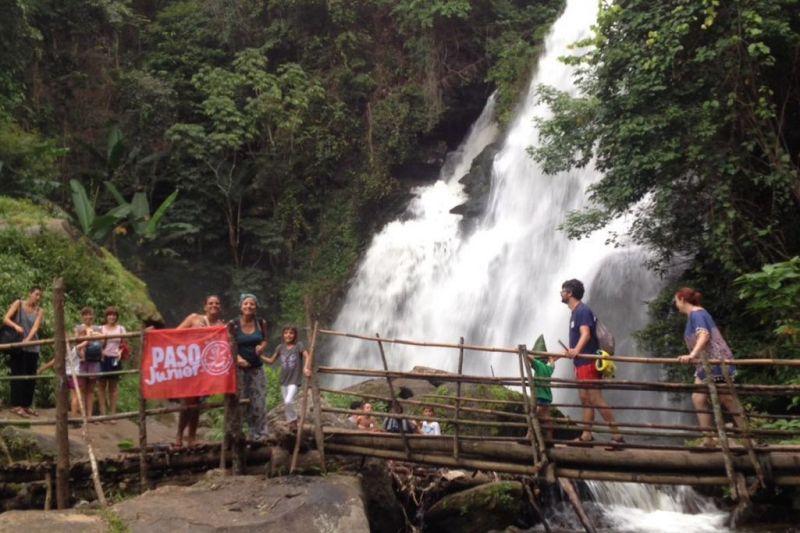 Foto de Ruta por Tailandia en Familia Cascadas en la selva