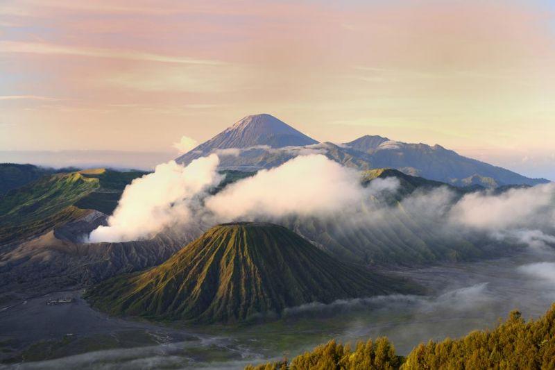 Foto de Ruta por Templos, volcanes y playas