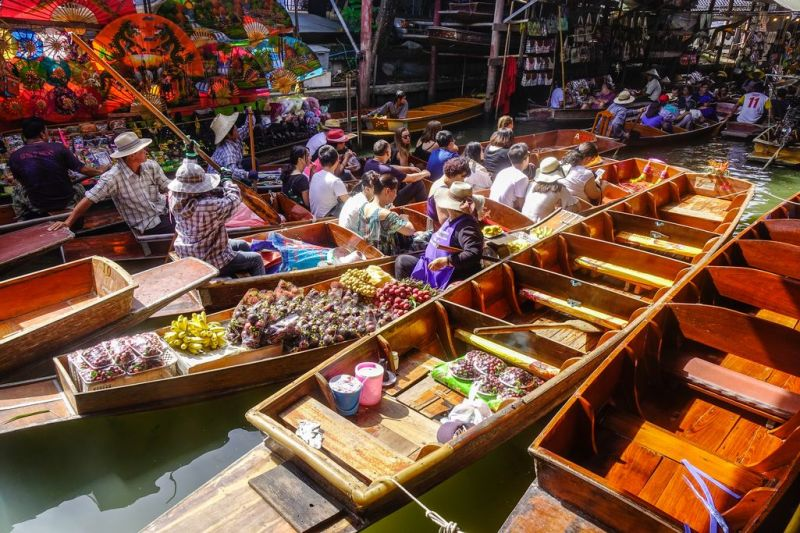 Foto de Ruta por Yoga en el antiguo Siam Floating Market In Bangkok