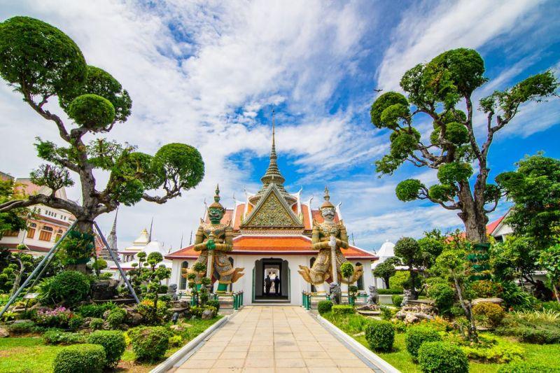 Foto de Ruta por Yoga en el antiguo Siam wat arun