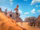Viaje a Jordania - Corriendo por las dunas