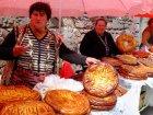Viaje a Armenia - Vendedoras de pan locales