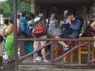 Viaje a Costa Rica - Esperando al autobús